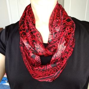 Black/red silky infinity scarf